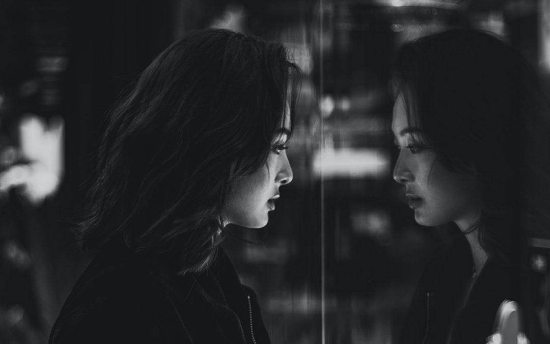 Lo specchio distorto della gratificazione immediata